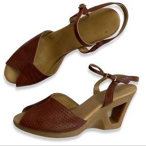 Vintage 70s Yo-Yos Platform Wedge Peeptoe Sandals
